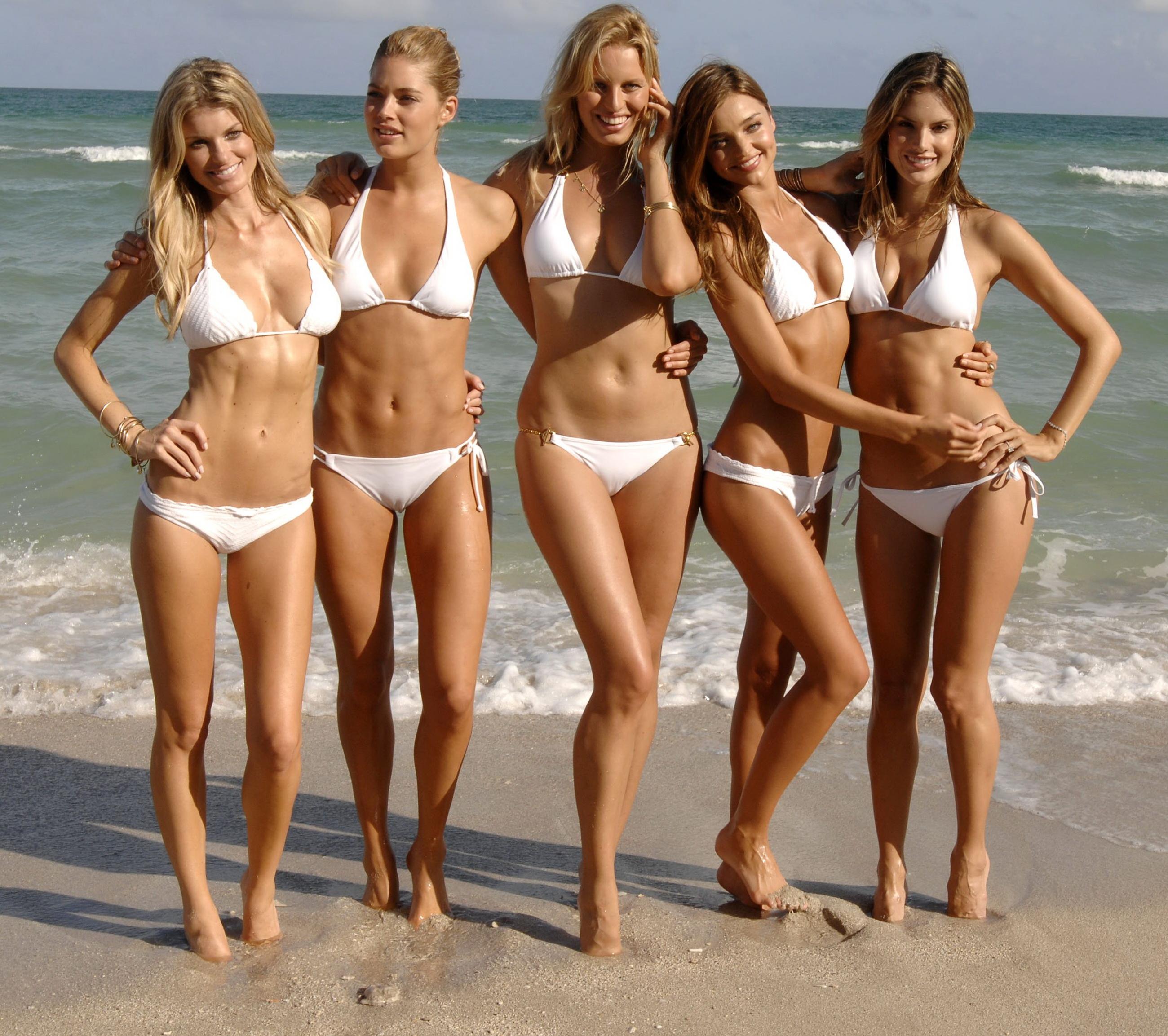 Фото юнных девочек на пляже