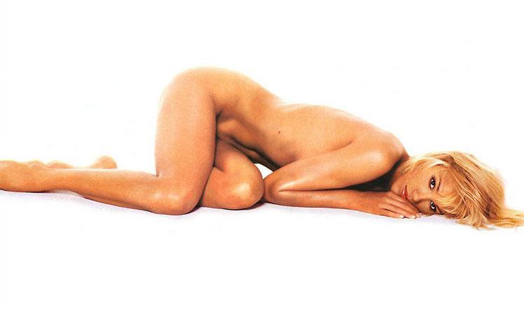 эмма сьоберг голая фото