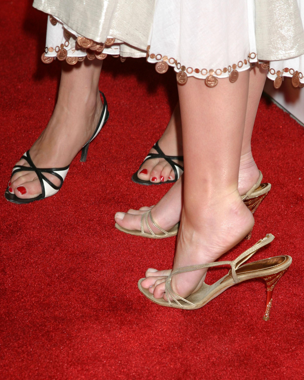 Смотреть бесплатно фото женские ножки 5 фотография