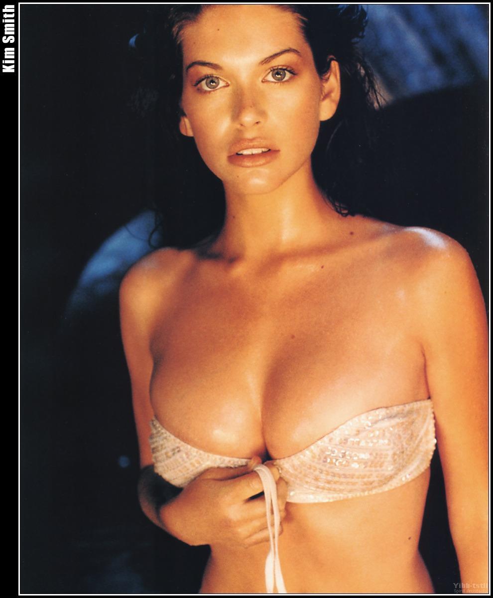 Kim Smith Celebrity Picture Archive