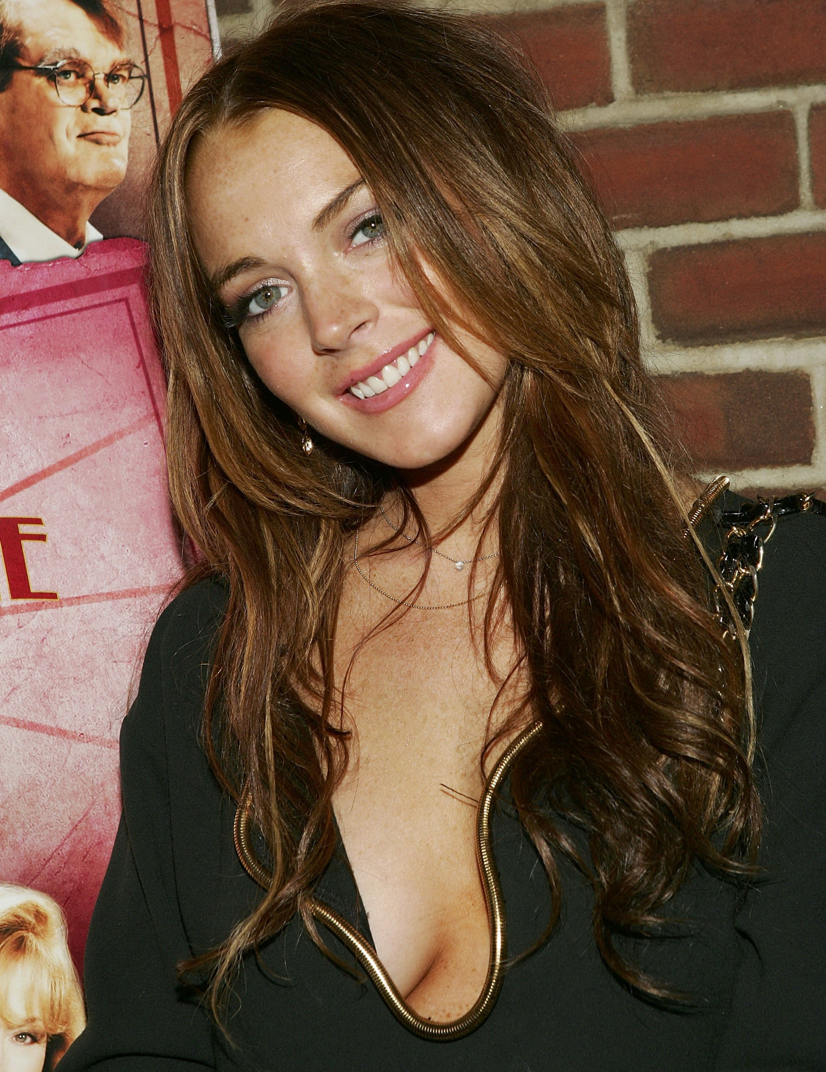 the psychobiography of lindsay lohan Amy winehouse admitted that she was a manic depressive addicted to self-inflicted pain according to a source from the people, amy seemed determined to have a big one on friday night.