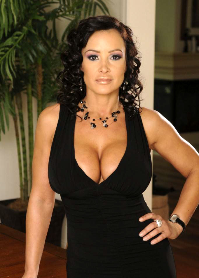 Nude Pictures Of Lisa Ann 33