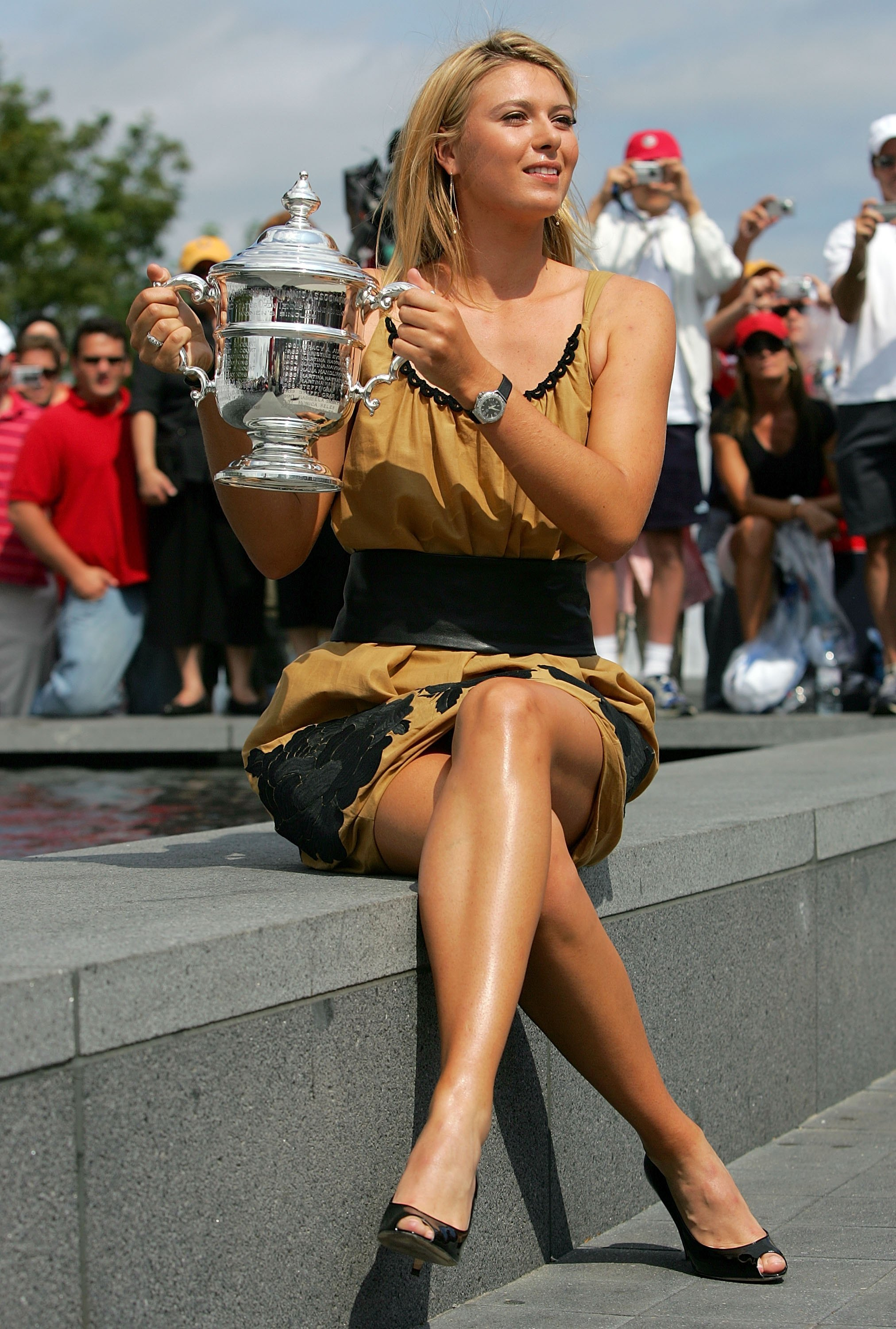 B Maria Sharapova wins US Open.
