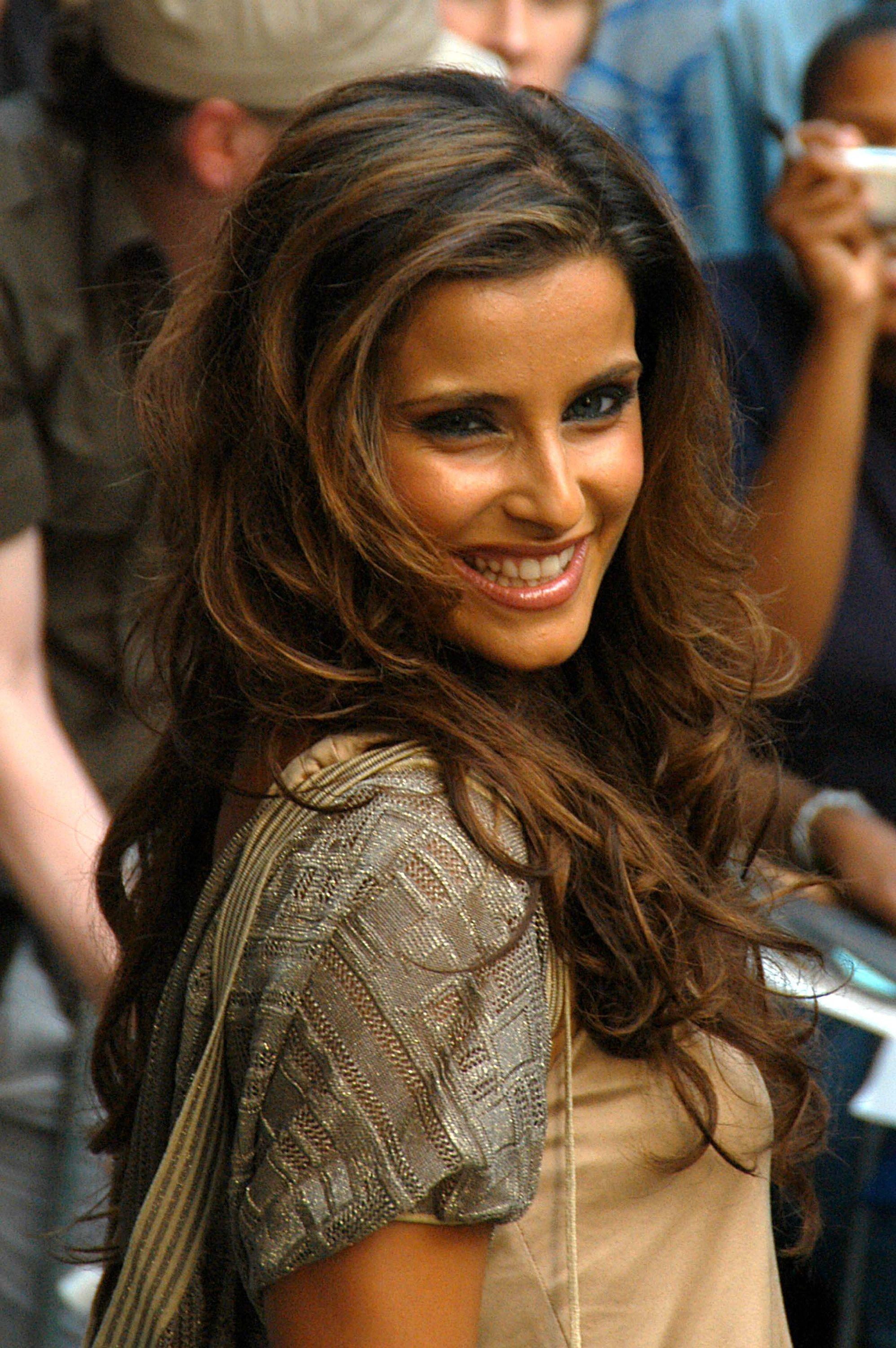 Nelly furtado - more free pictures 2.