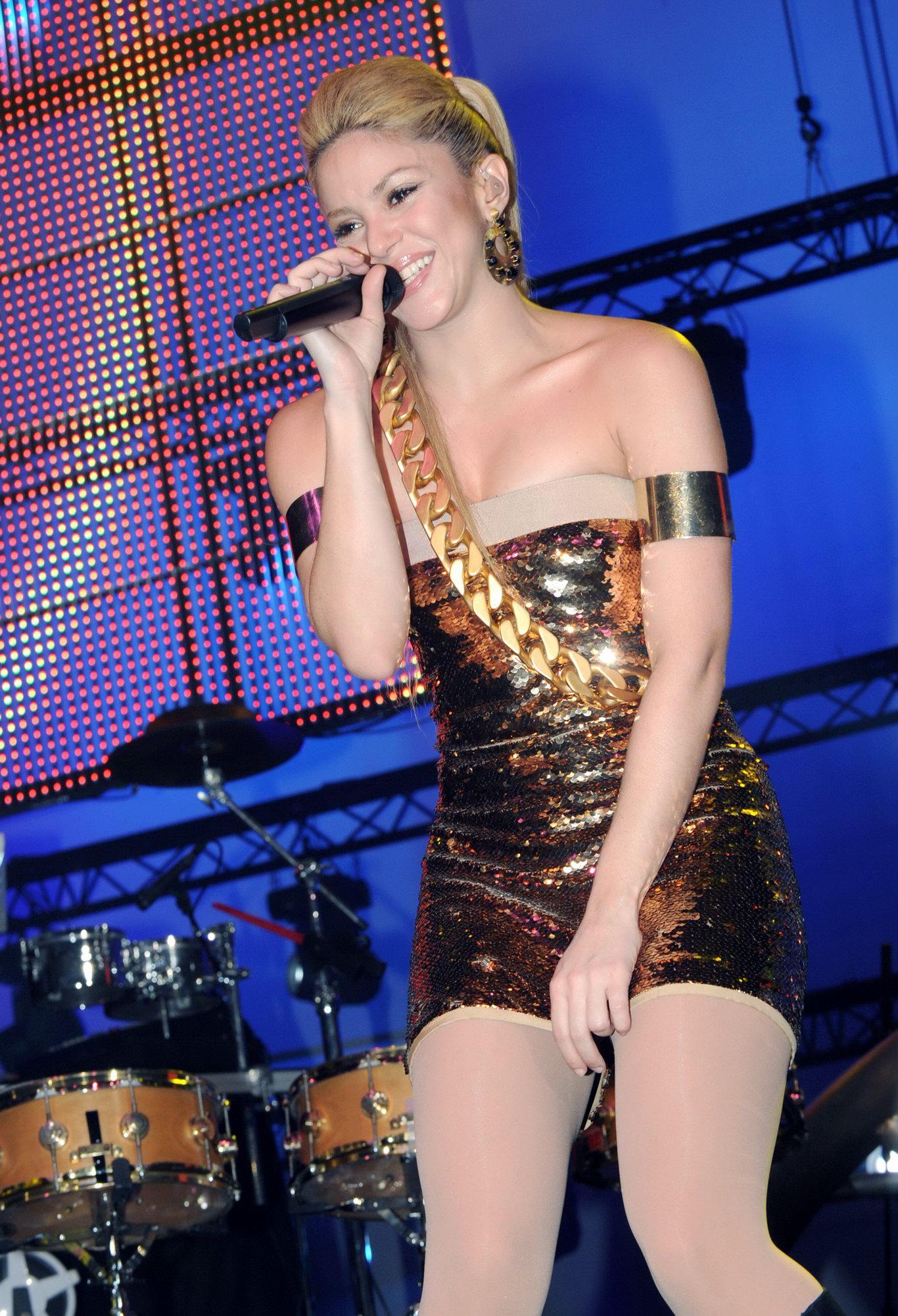 Шакира без трусиков 13 фотография